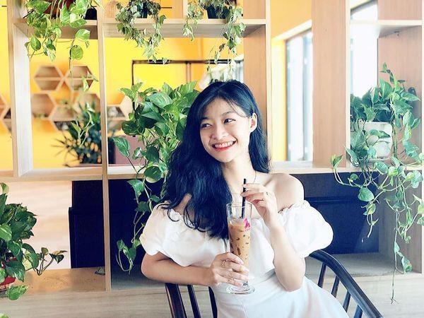 Khong theo style goi cam, A hau 1 Kieu Loan doi thuong rat gian di hinh anh 8
