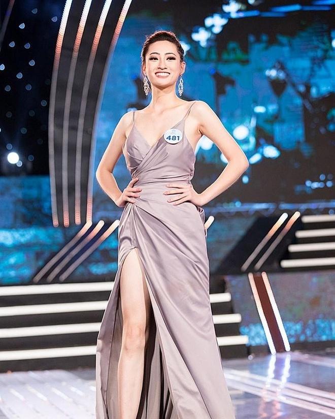 Phong cach thoi trang Luong Thuy Linh anh 3