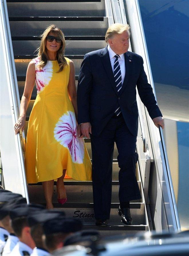 Ba Trump va su tinh toan ve thoi trang moi lan ra nuoc ngoai cong tac hinh anh 2