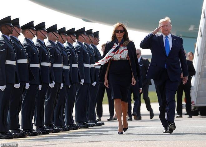 Ba Trump va su tinh toan ve thoi trang moi lan ra nuoc ngoai cong tac hinh anh 7