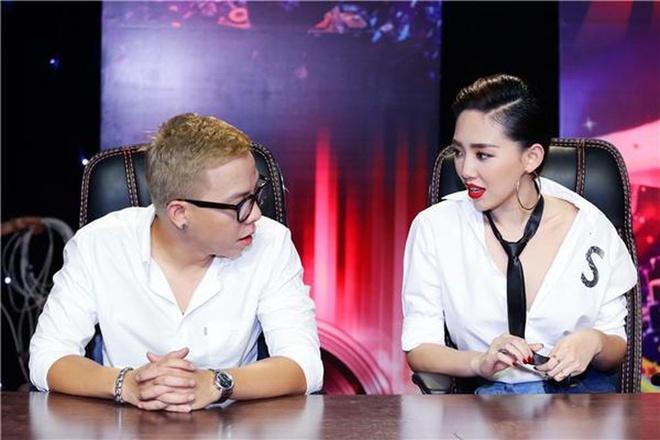 Yeu kin 4 nam, Toc Tien - Hoang Touliver dien do gi khi o ben nhau? hinh anh 7