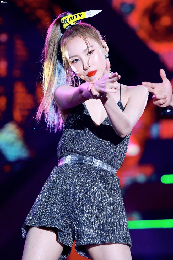 Sunmi khoe nguc day anh 7