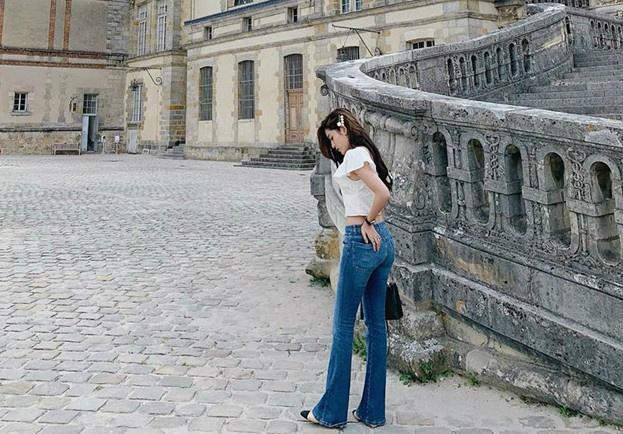 Bi quyet phoi do voi quan jeans dep nhu Ha Tang va dan my nhan Viet hinh anh 11