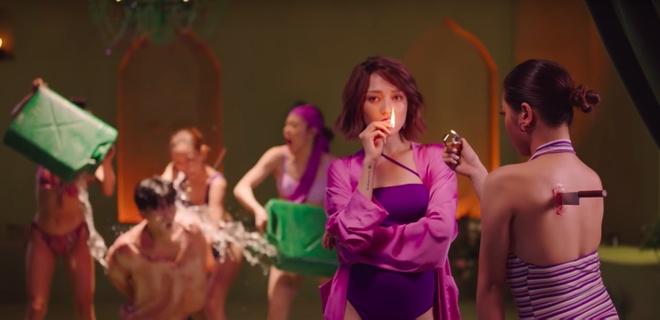 Bao Anh dien mot khong noi y, vay cuoi xuyen thau trong MV 'Ai can ai' hinh anh 5