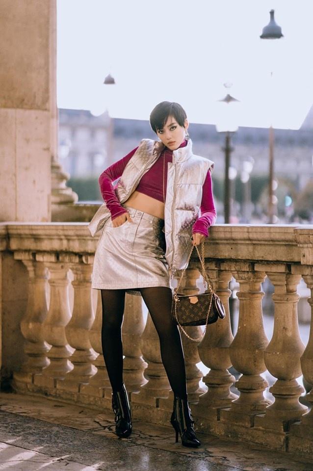 Chau Bui va Khanh Linh an mac the nao khi cung du show Louis Vuitton? hinh anh 8