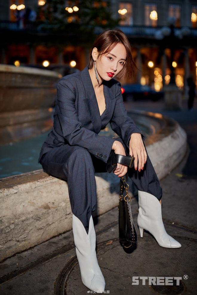 Sao Hoa Ngu mac do kem xinh tai Fashion Week anh 4