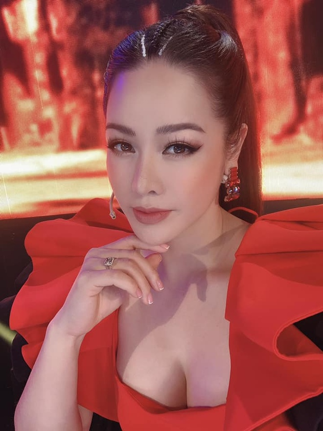 Nhat Kim Anh chuong do goi cam anh 2