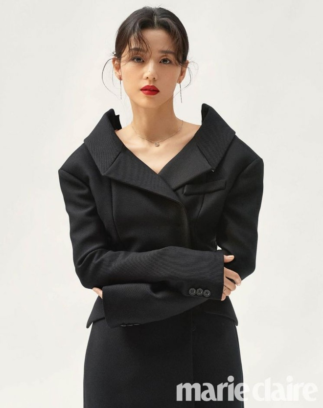 Jeon Ji Hyun than thai quyen ru tren tap chi anh 2