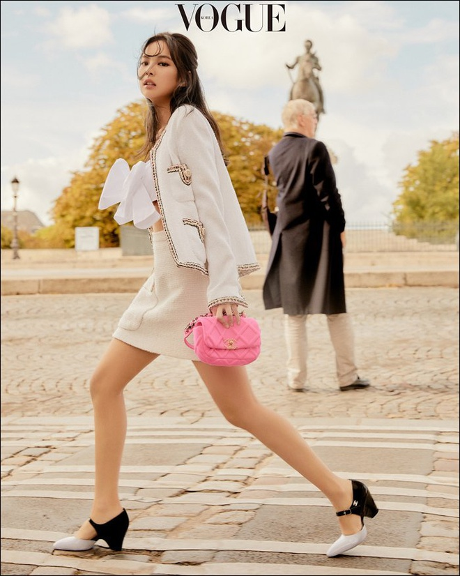 Dung hang vay ao Chanel, Liu Wen bi che phoi do xau hon Jennie hinh anh 1