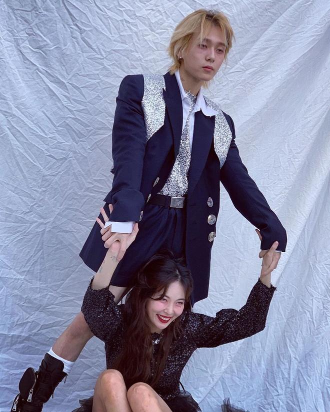 HyunA va E'Dawn: Gu thoi trang khac biet tao nen su hoan hao hinh anh 3
