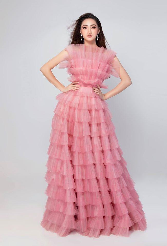Tham gia Miss World, Hoa hau Luong Thuy Linh da chon vay ao the nao? hinh anh 2 LTL2.jpg