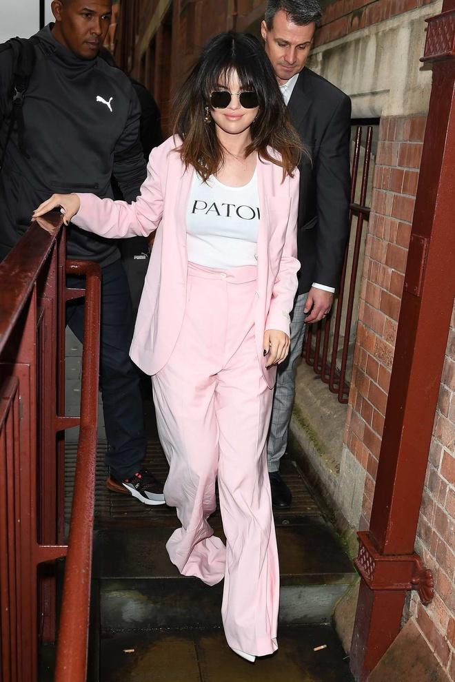 Selena Gomez duoc khan gia khen ngoi phong cach anh 6