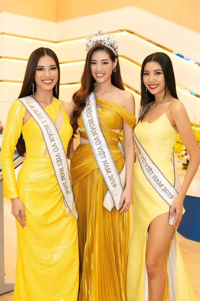 Top 3 Hoa hau Hoan Vu Viet Nam mac do giong cot den giao thong hinh anh 2 Top2.jpg