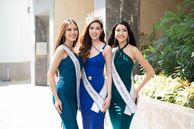 Top 3 Hoa hau Hoan Vu Viet Nam mac do giong cot den giao thong hinh anh 3 Top3.jpg