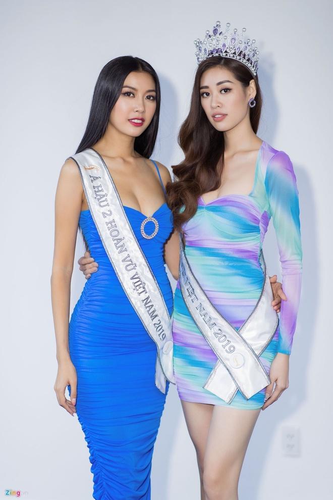 Top 3 Hoa hau Hoan Vu Viet Nam mac do giong cot den giao thong hinh anh 7 Top6.2.jpg