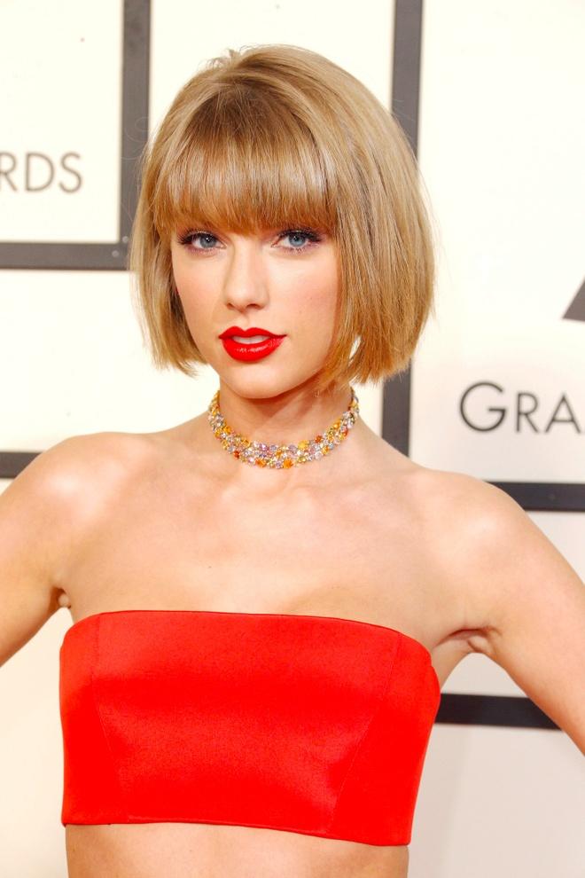 10 nam qua, phong cach lam dep cua Taylor Swift thay doi the nao? hinh anh 7 Taylor_Swift_thay_doi_lam_dep_7.jpg