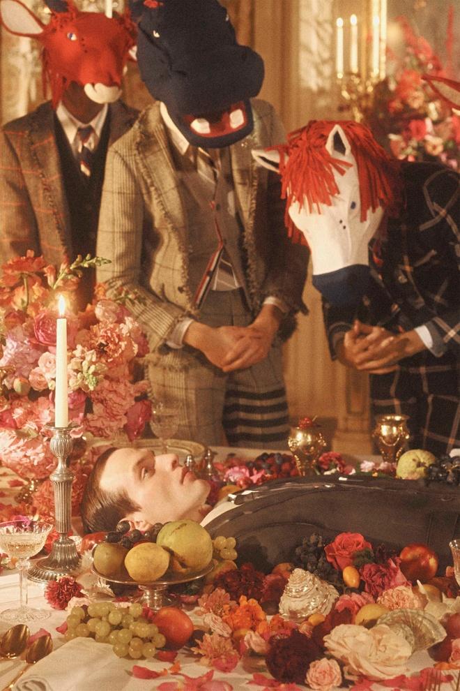 Nguoi mau hoa dau trau mat ngua anh 3