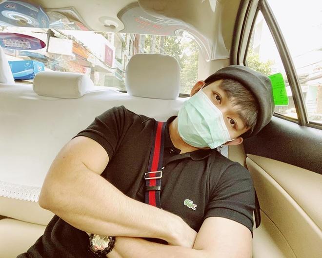 Tran Thanh mac do doi voi Hari Won, Den Vau dien ca cay den ca tinh hinh anh 4 SS3.jpg