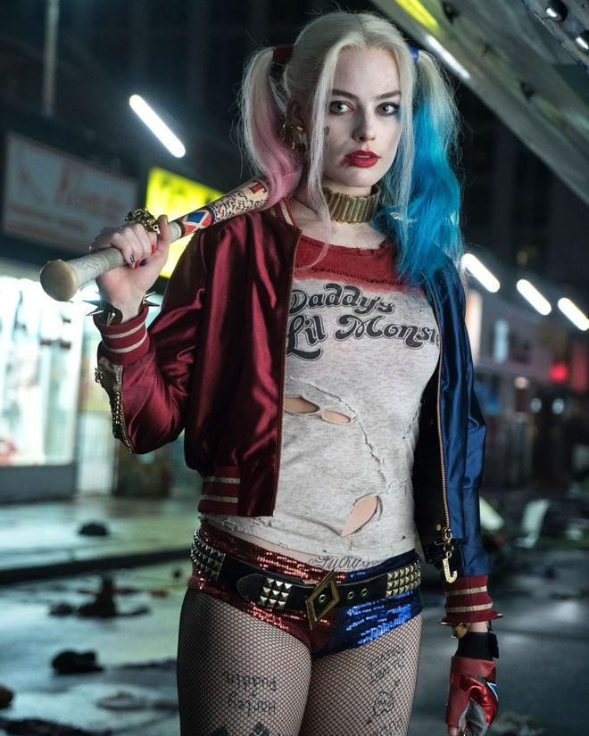My nhan Harley Quinn thich mac vay ao xe nguc sau tai tham do hinh anh 2 HLQ2.jpg