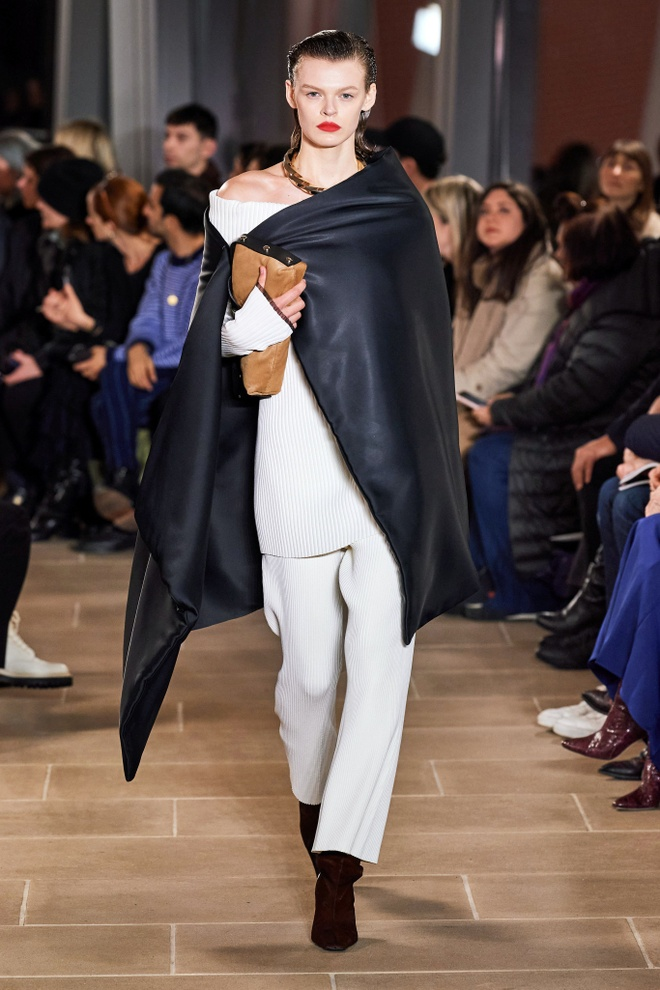 Marc Jacobs va loat thiet ke an tuong tren san dien NYFW 2020 hinh anh 16 LOOK19.jpg