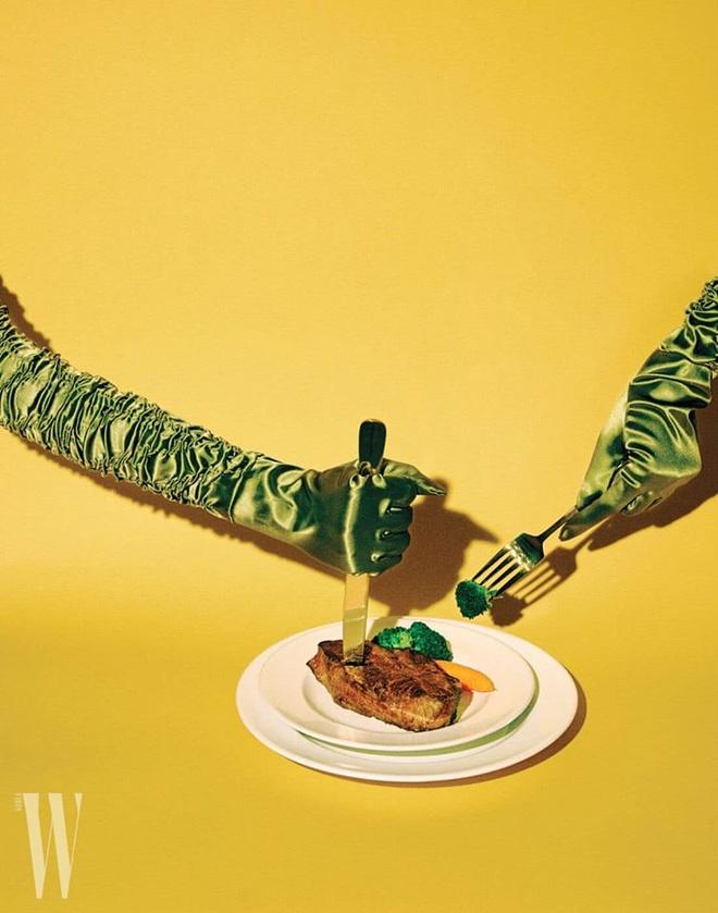 Gang tay Hermes, Gucci thay the nguoi mau trong bo anh thoi trang hinh anh 6 W6.jpg