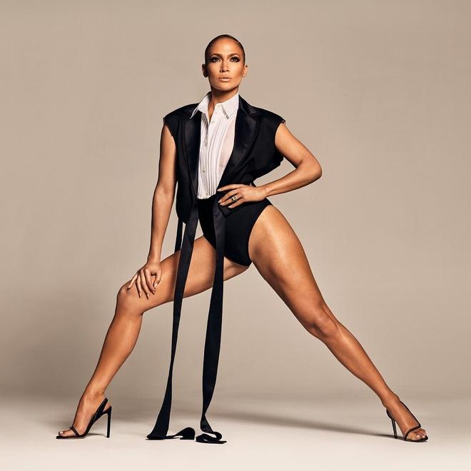 Jennifer Lopez mac ho hang, bi che khoe than qua da khi quang cao giay hinh anh 3 JL1.jpg