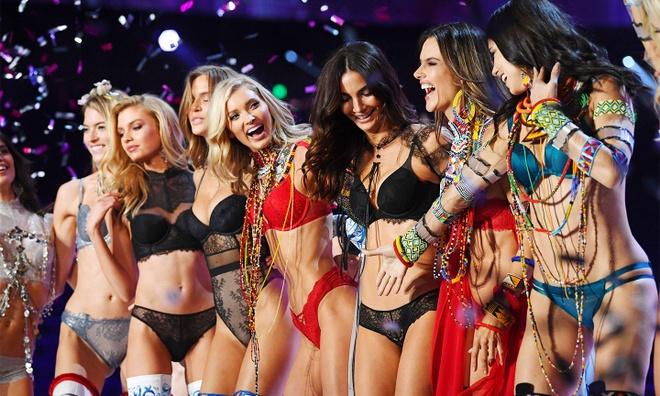 Victoria's Secret hop tac voi thien than noi y U60 de cuu vot doanh so hinh anh 7 VIC4.jpg