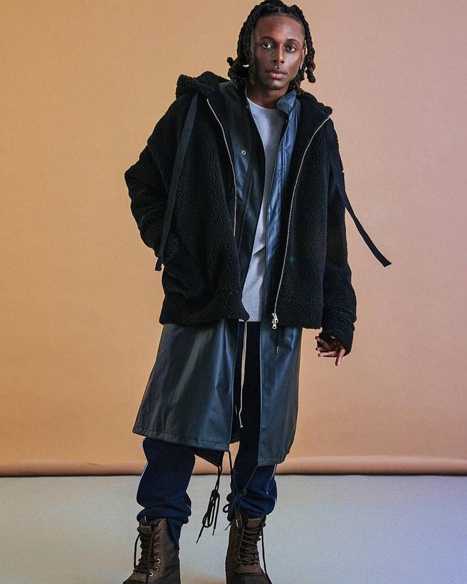 Dien vien da mau o 'Itaewon Class' ngoai doi mac dep nhu fashionista hinh anh 3 Chris_3.jpg