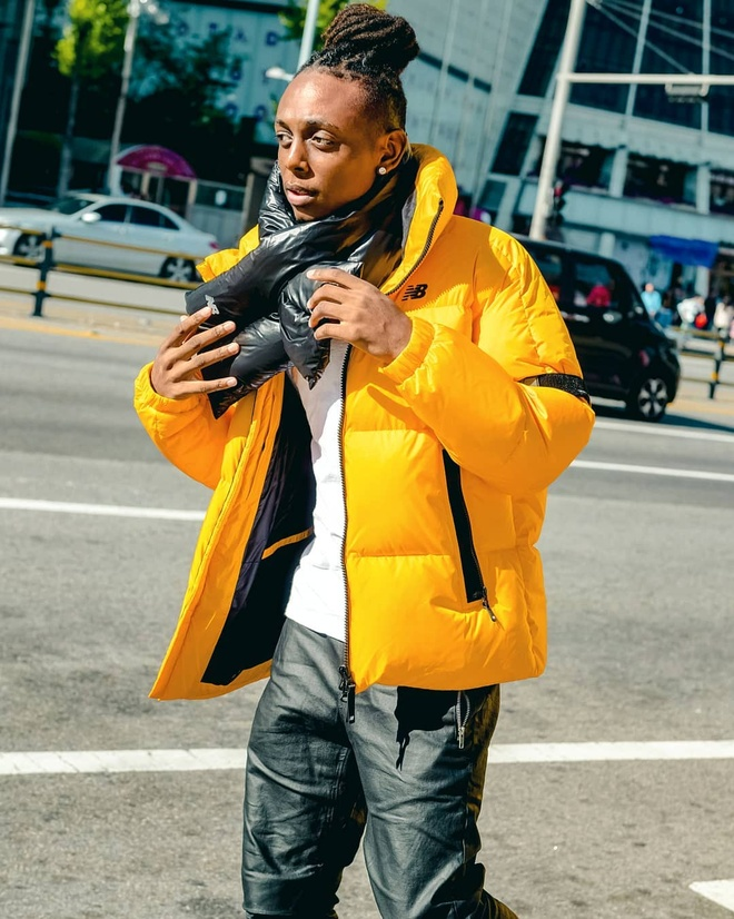 Dien vien da mau o 'Itaewon Class' ngoai doi mac dep nhu fashionista hinh anh 6 Chris_5.jpg
