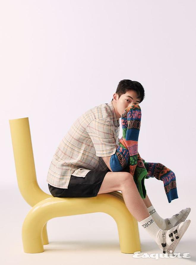 Nam Joo Hyuk mac do Dior anh 3