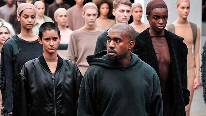 Kanye West hop tac cung Gap anh 1