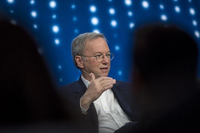 Cuu CEO Google: Mang xa hoi la chiec loa cho ke ngoc hinh anh