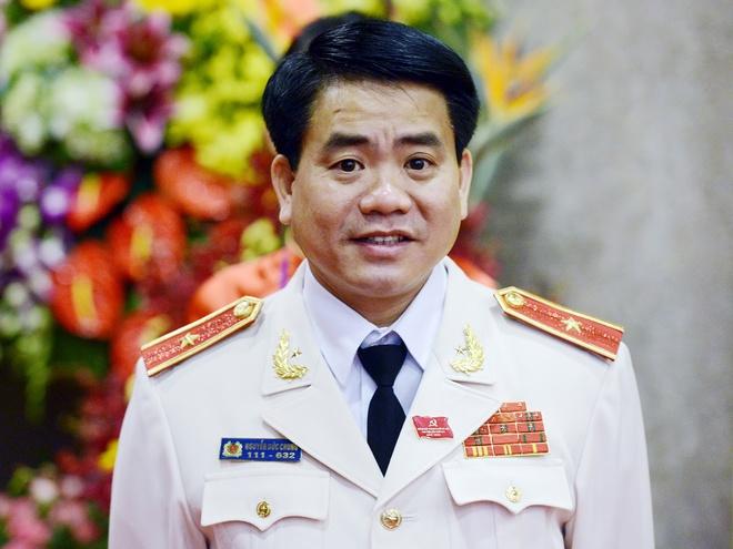 Thieu tuong Nguyen Duc Chung lam Pho bi thu Ha Noi hinh anh