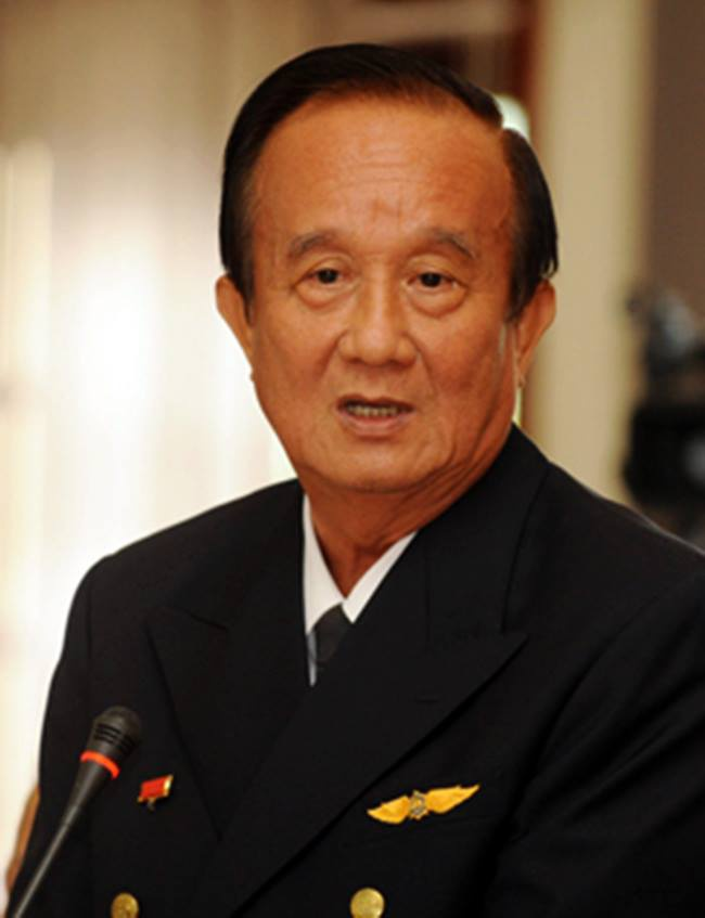 'Trung Quoc bat chap an toan cua hang tram may bay' hinh anh 1