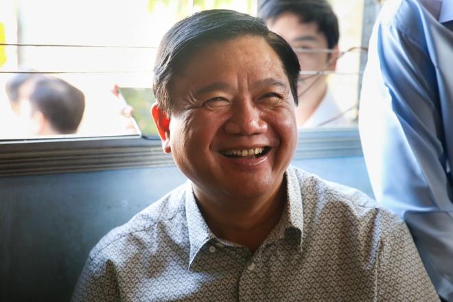 'Phong cach Dinh La Thang': Tu Tu lenh den Chinh uy hinh anh