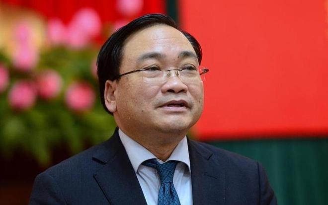 Ong Hoang Trung Hai: 'Ha Noi van con can bo nhung nhieu' hinh anh