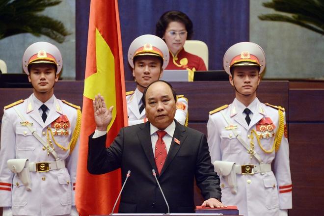 Ong Nguyen Xuan Phuc lam Thu tuong hinh anh