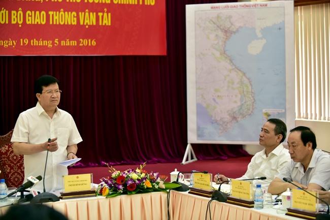 Lien bo Giao thong, Tai chinh phai ra soat phi BOT duong bo hinh anh 1