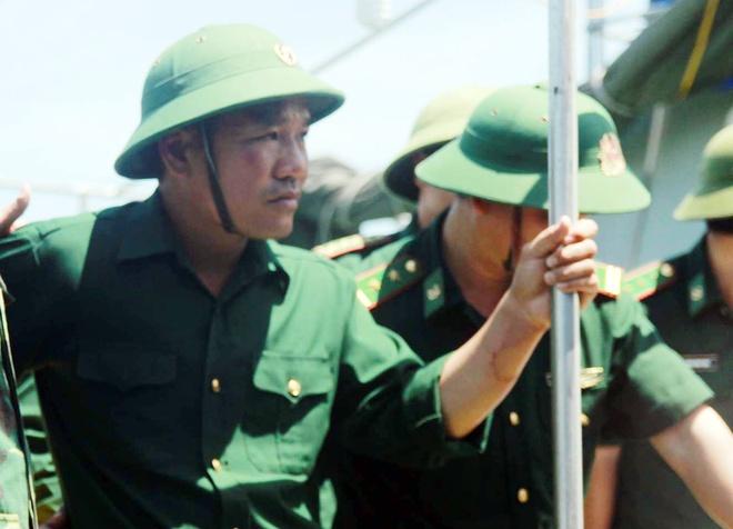 Phi cong Su-30 gap nan ve bo an toan hinh anh