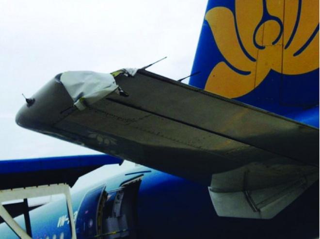 Tau bay cua Vietnam Airlines bi rach canh duoi hinh anh