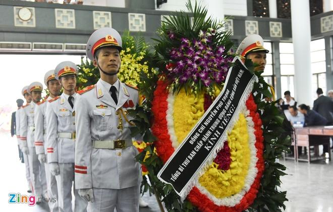 Lanh dao Chinh phu vieng cu Hoang Thi Minh Ho hinh anh 4