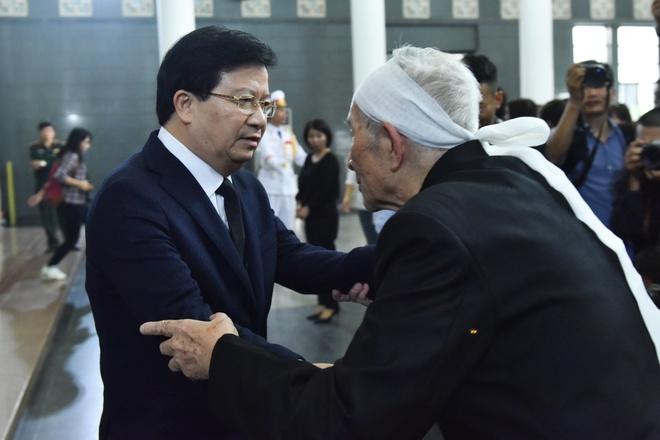 Lanh dao Chinh phu vieng cu Hoang Thi Minh Ho hinh anh 7
