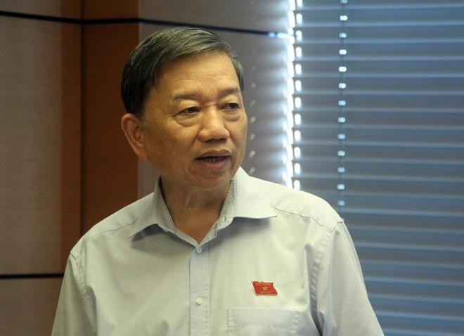 Bo truong To Lam: 'Khong nen dua hinh anh tu tu truoc thi hanh an' hinh anh