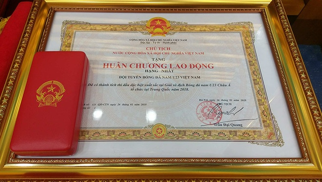 Thu tuong don U23 Viet Nam: Chua bao gio doi lau ma vui the hinh anh 6