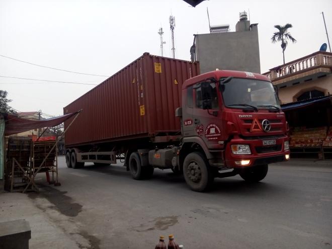Xe container hoanh hanh, Hai Duong 'cau cuu' Thu tuong hinh anh