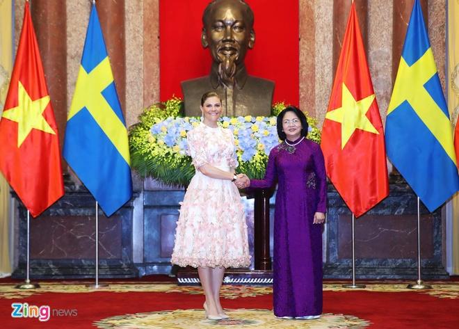 Cong chua ke vi Thuy Dien tham chinh thuc Viet Nam hinh anh 1