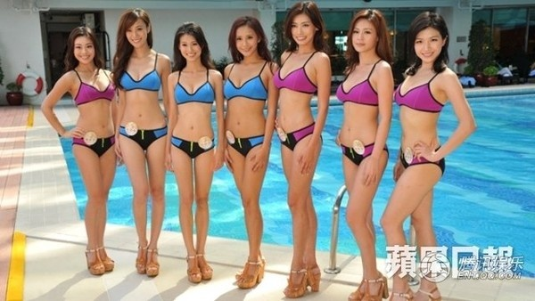 Nguoi dep thi Hoa hau Hong Kong mat dang vi bikini xau hinh anh