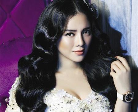 Ly Nha Ky: 'Kim cuong khong suoi am duoc tam hon toi' hinh anh