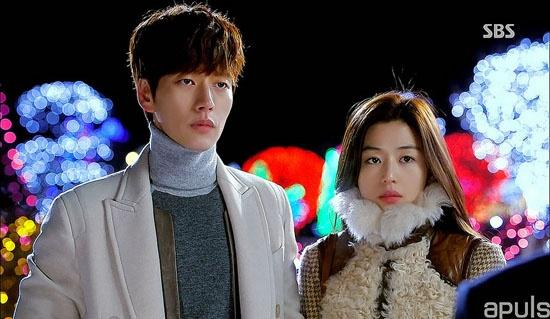 6 tinh huong fan uoc ao duoc o trong phim Han hinh anh