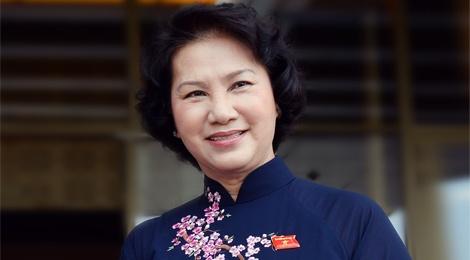 Gioi thieu ba Nguyen Thi Kim Ngan tai cu Chu tich Quoc hoi hinh anh